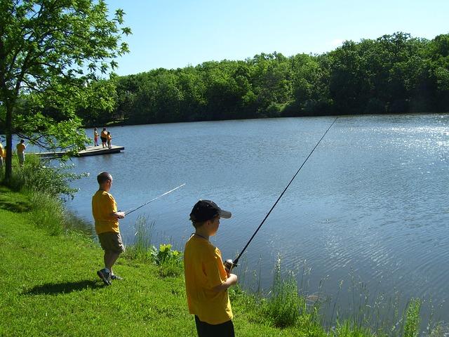 fishing-662608_640